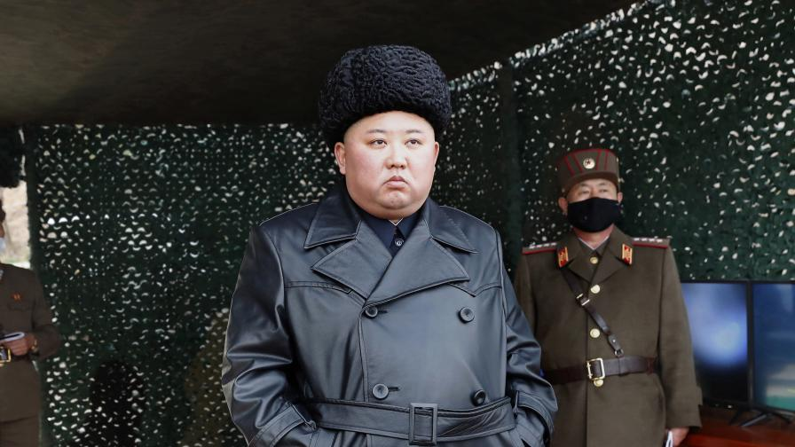 Северна Корея взриви офиса за връзка с Южна Корея