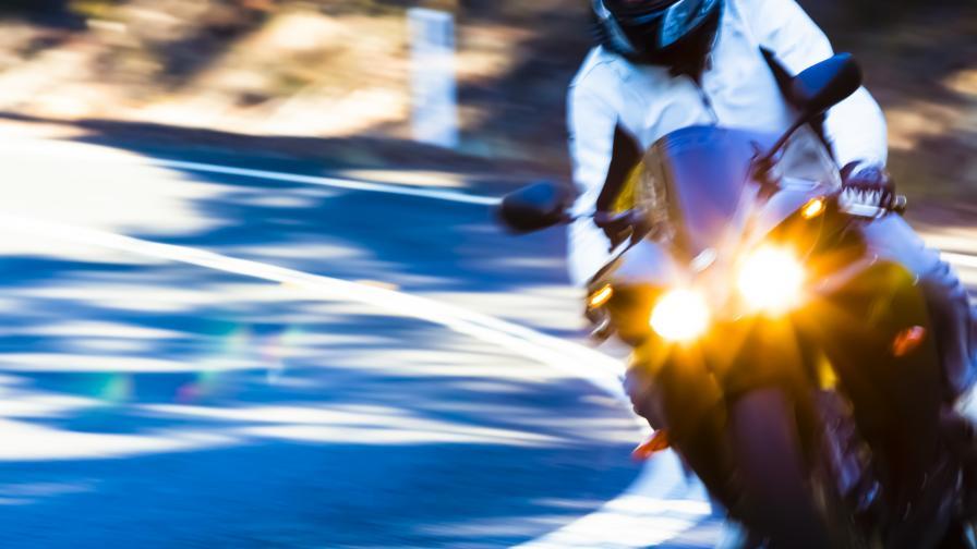 "Моторист, движещ се с 229 км/ч, бе засечен на АМ ""Тракия"""