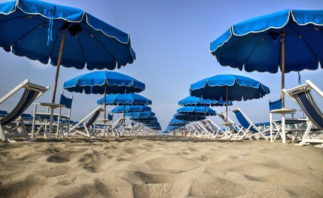 Кога ще може да започне летният туристически сезон у нас?
