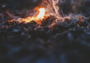 Екстремен риск от пожари в части на страната