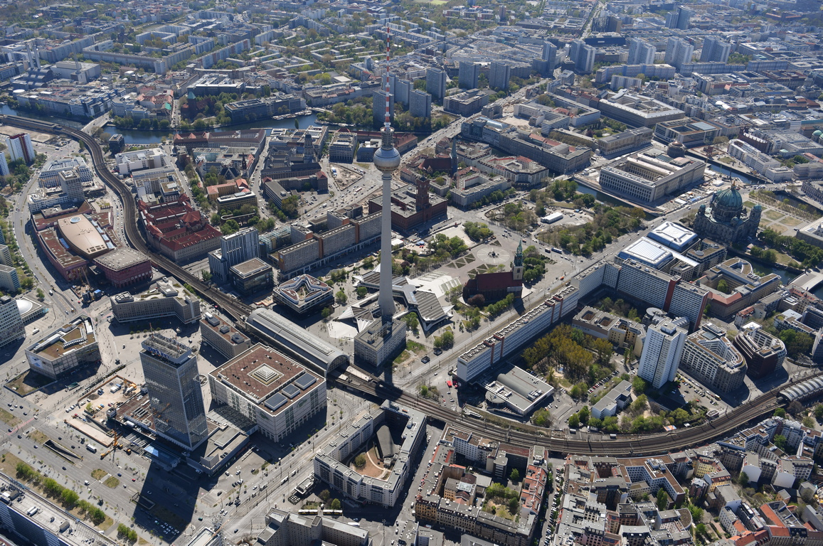 <p>Берлин Германия</p>