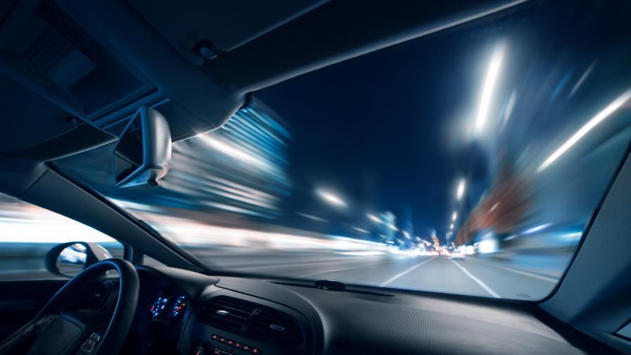 Нарушител-рекордьор: Засякоха шофьор с 216 км/ч по Околовръстното в София