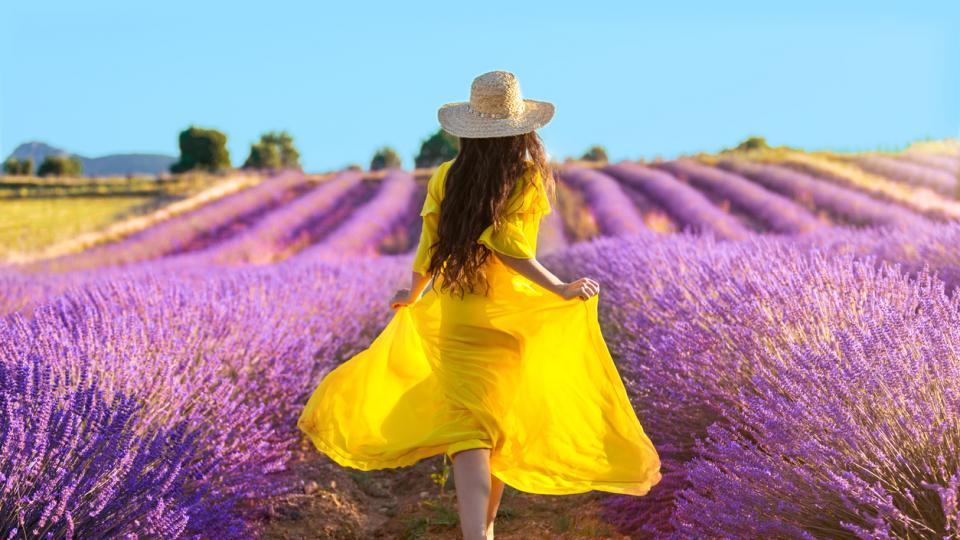 жена пролет цветя уют