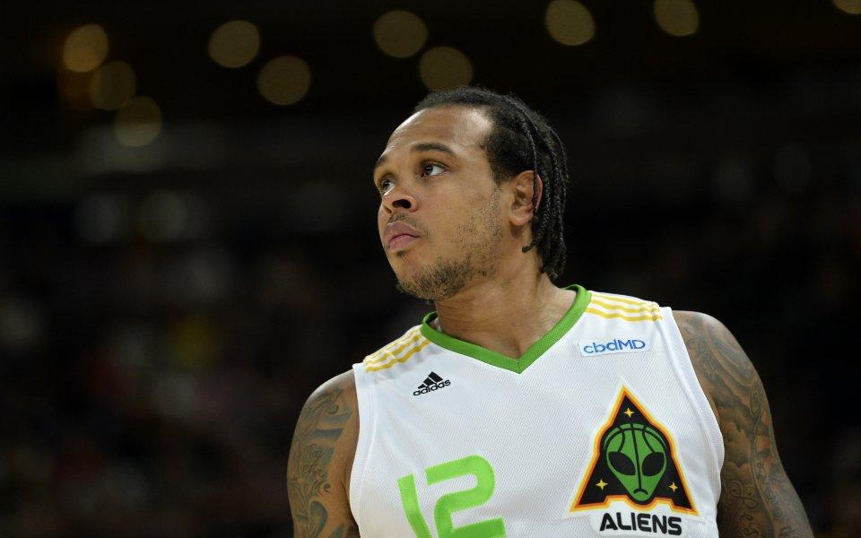 Бившият професионален баскетболист Шанън Браун ще бъде съден в Атланта