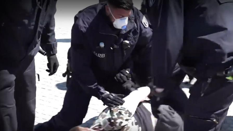 Коронавирус, десетки арестувани в Германия, протести
