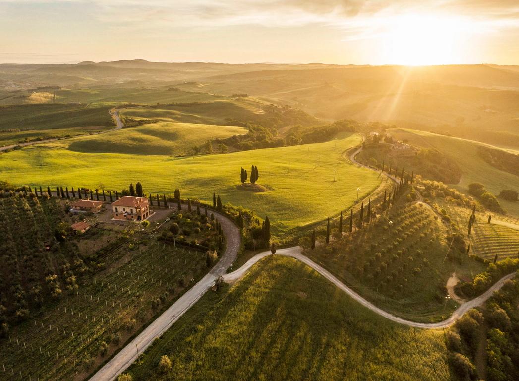 <p>Разпростираща се на 18 500 хектара, долината Вал д&#39;Орсия е невероятно, приказно място в централна Италия, признато за едно от най-живописните кътчета на планетата.</p>