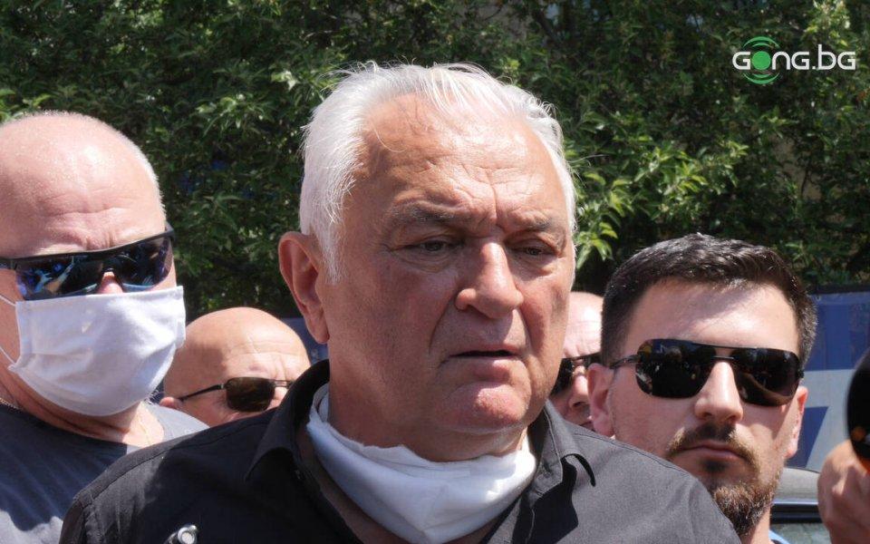 Сашо Диков говори след връчването на акциите на Левски.
