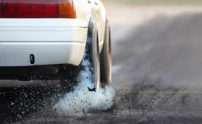 950 лева глоба за шофьор, карал със 179 км/ч в Шумен