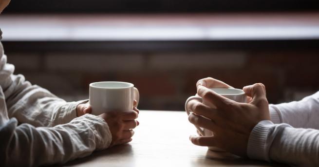 Любопитно Новолуние в Близнаци: Време да потърсим силата на думите