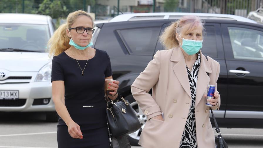 """Нова експертиза на СРС-та отложи за юли делото """"Иванчева"""""""
