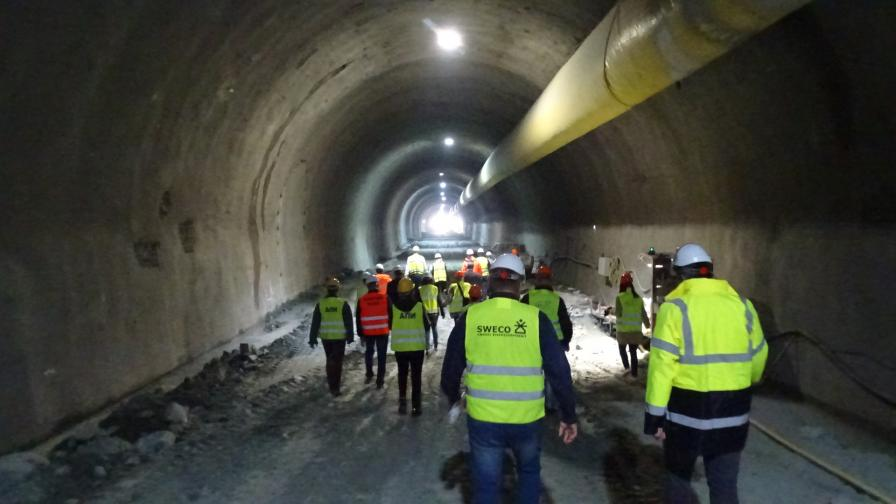 Най-дългият автомобилен тунел у нас ще е готов догодина