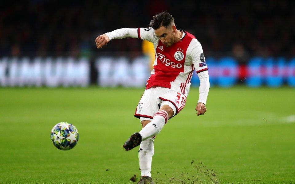 Аякс е казал на Арсенал и Барса колко иска за Таляфико