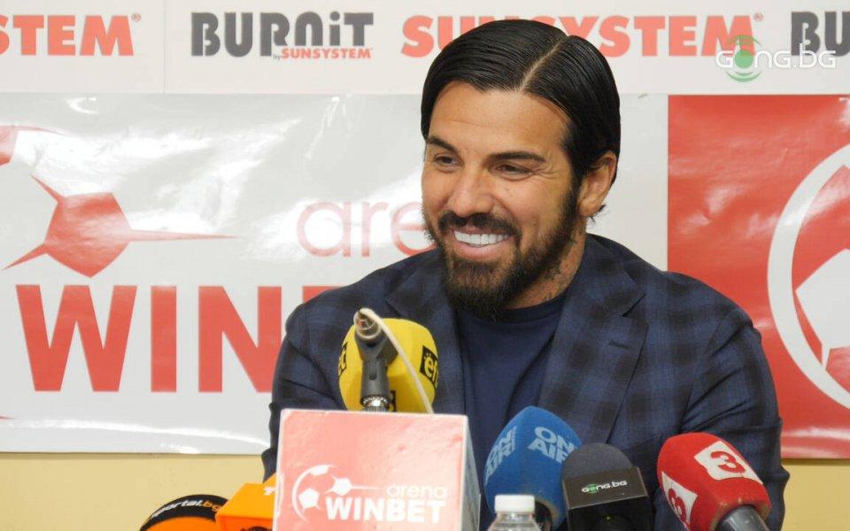 Бившият български национал Благой Георгиев засипа с похвали феновете на
