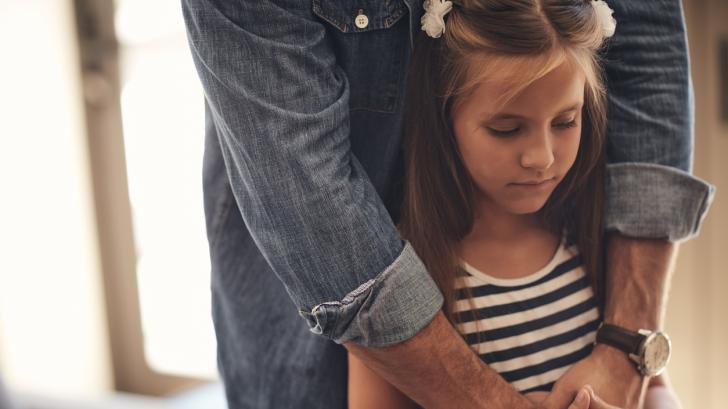 Какво да правим и да не правим, ако детето е загубило близък човек