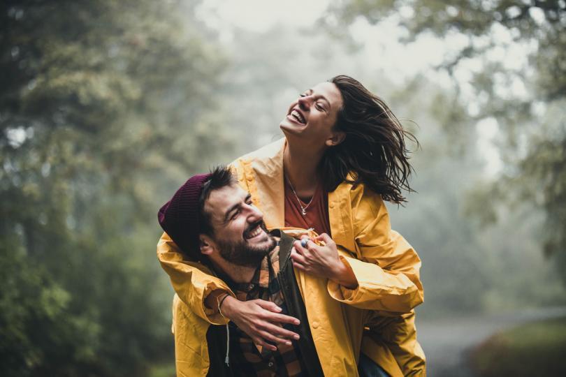 <p><strong>Риби</strong></p>  <p>Ще намерите любовта на живота си, когато спрете да давате цялата си любов и състрадание на хората, които най-малко го заслужават. Свикнали сте с едностранчивата любов, защото не очаквате да получите същото количество любов, което давате, но сродната ви душа ще ви даде любов, и то много!</p>