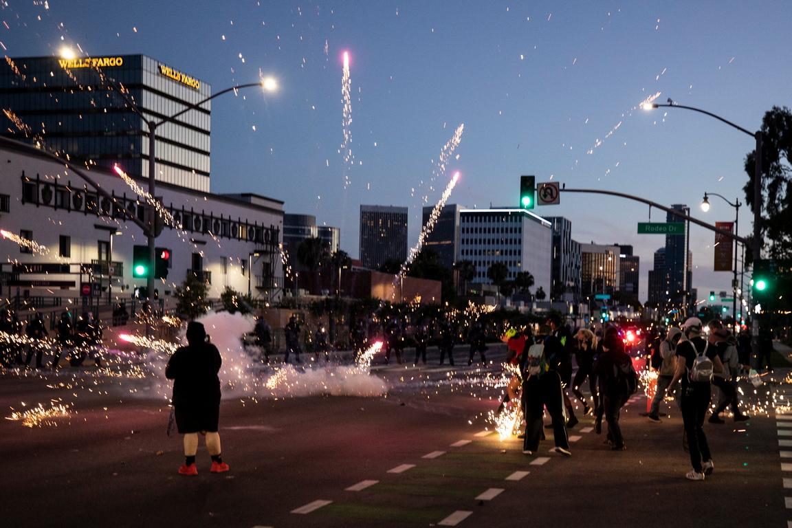 <p>През последните три дни в 22 американски града са били задържани 1 669 протестиращи.</p>
