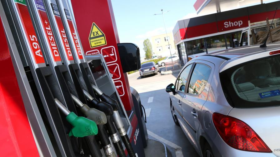 Първите държавни бензиностанции могат да заработят през март 2021 г.