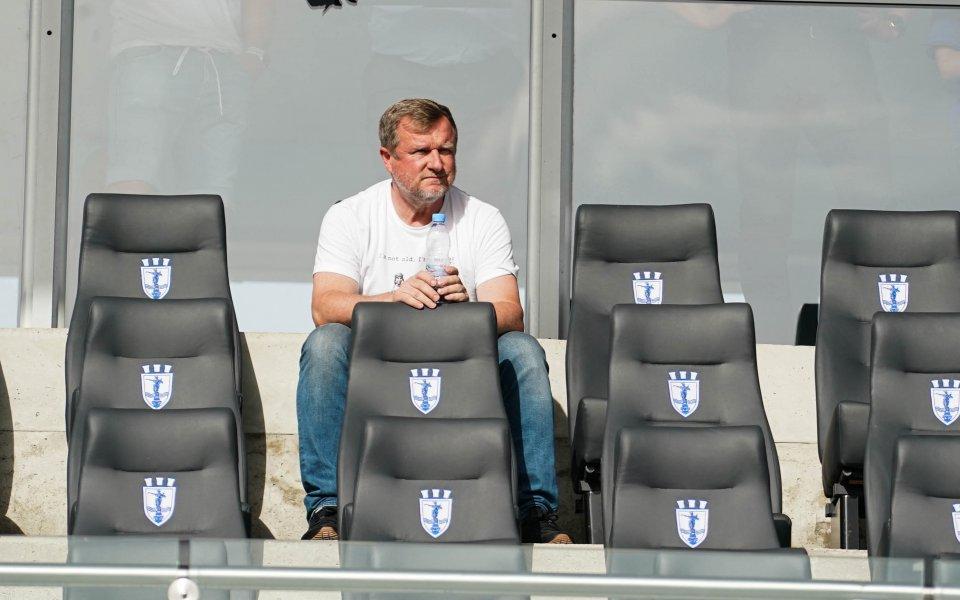 Треньорът на Лудогорец Павел Върба изгледа равенството между Дунав и