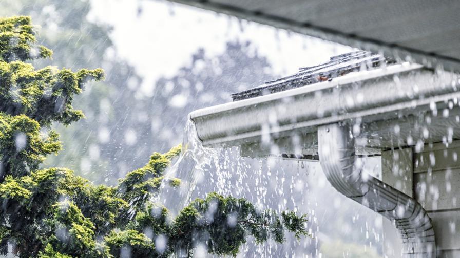 Силни бури и градушки удариха на много места в страната (ВИДЕО)