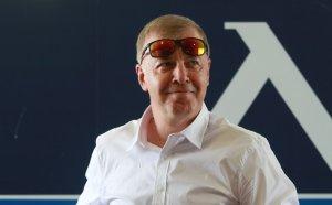 Сираков договори драстично намаляване на заплатите в Левски - има напускащи
