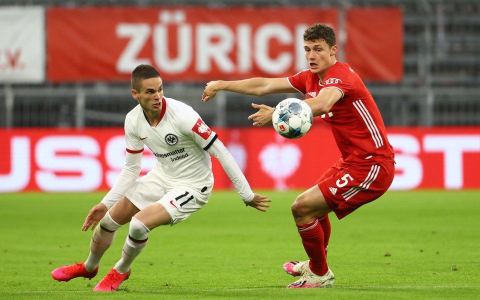 Байерн Мюнхен и Айнтрахт Франкфурт играят при 0:0 в полуфинален