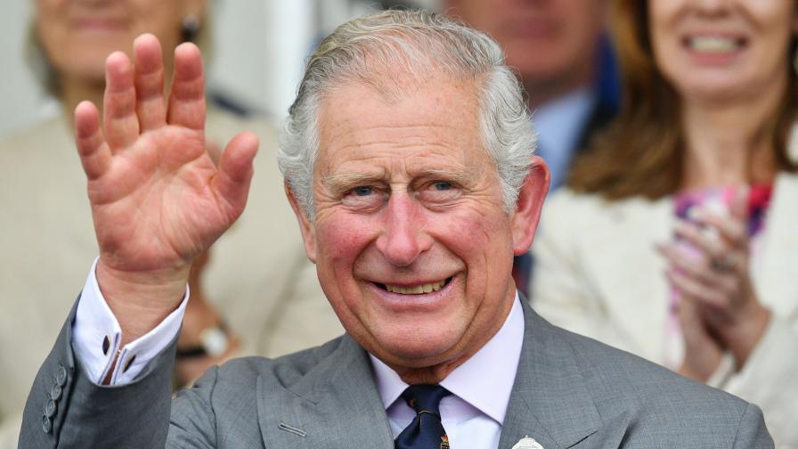 Принц Чарлз все още няма вкус и обоняние след коронавируса