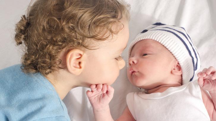 Ето кои са най-популярните бебешки имена в света за 2020 година