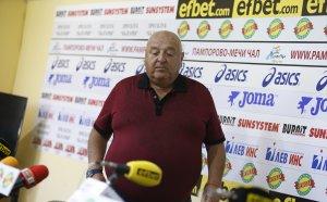 Венци Стефанов: Само мир да има, ако иска Самуилов да свири мача