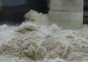 Десетки жертви на проливни дъждове в Япония