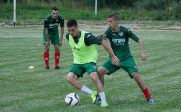 Играчи без договори се събраха на лагер в Брезник