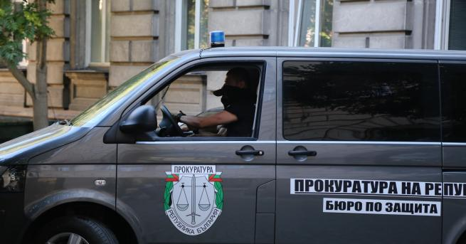 България Пламен Узунов е задържан По-рано днес бяха извършени претърсвания
