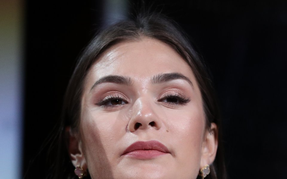 Съпругата на нападателя на една от звездите на НХЛ Александър