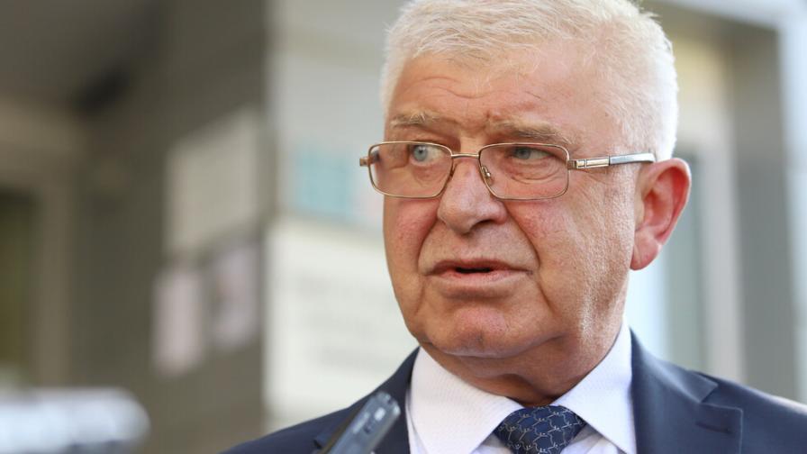 Ананиев: Невероятен успех с новата емисия външен дълг