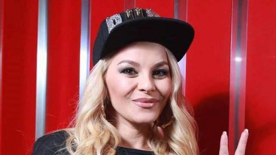 Певицата ДесиСлава е с коронавирус