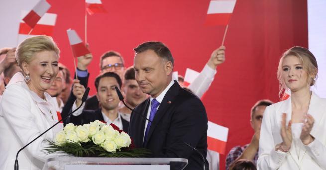 Свят Анджей Дуда печели президентските избори в Полша Настоящият президент