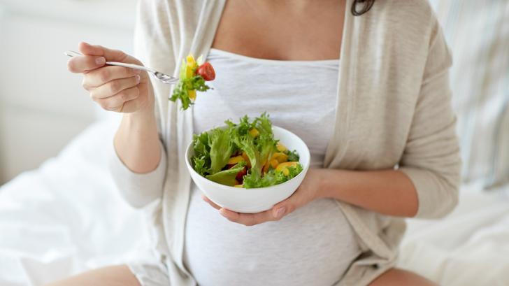 10 суперхрани, които е полезно да се ядат по време на бременност