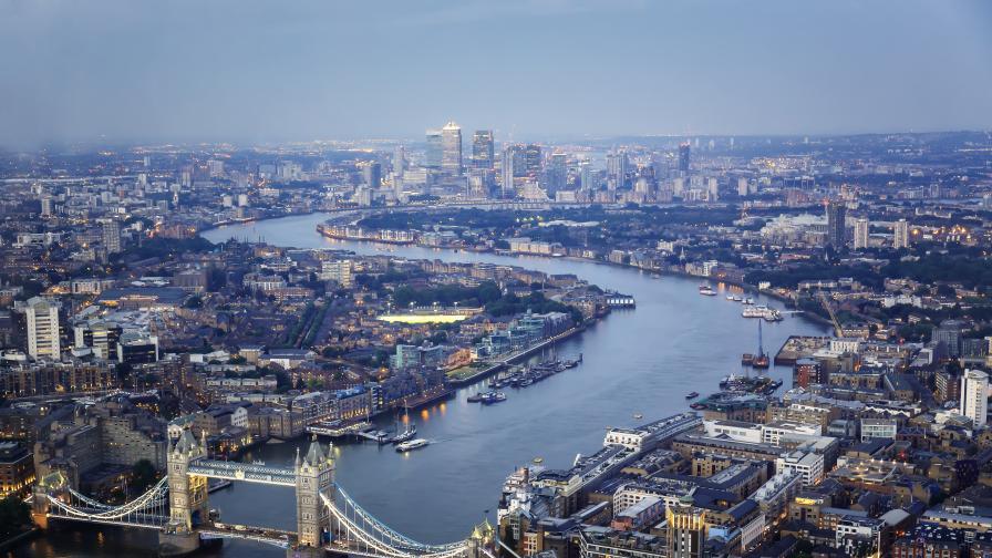 Учените бият тревога, река Темза е силно замърсена с пластмаса
