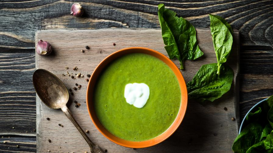 Лесно и вкусно: Супа със спанак и нахут