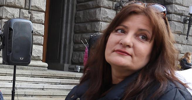 България Вера Иванова обвини министър Сачева в тенденциозност Министър Сачева,