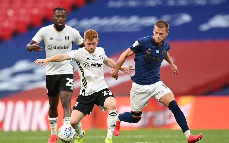 Отборите на Брентфорд и Фулъм играят при резултат 0:0в решителен