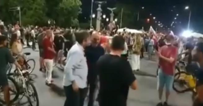 България Мъж иска да коментира Маджо с Христо Иванов Разговорът