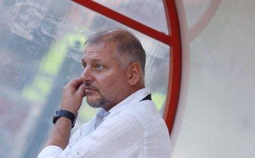 Без сантименти от Петков преди визитата в София