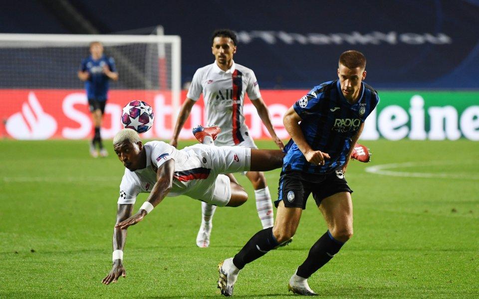 Аталанта и Пари Сен Жермен играят при резултат 1:2в първия