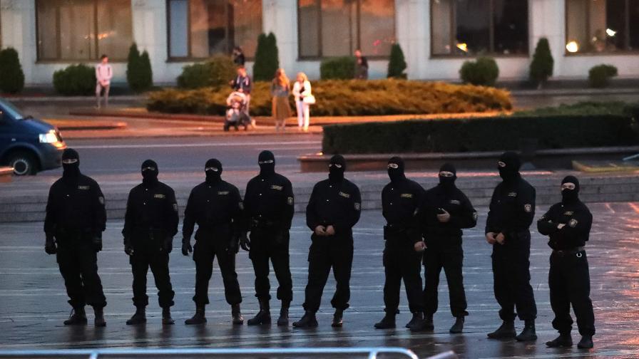 В Минск започнаха арести на протестиращи