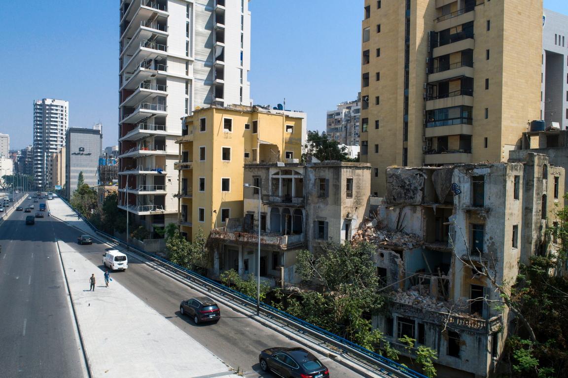 <p>Експлозията на пристанището в Бейрут е причинила щети и икономически загуби на стойност между 6,7 и 8,1 милиарда долара и Ливан спешно се нуждае от 605 до 760 милиона долара, за да се възстанови.</p>