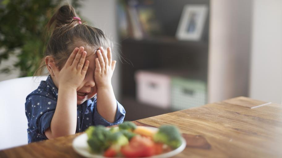 """""""Паразитните"""" храни, които правят децата злояди"""