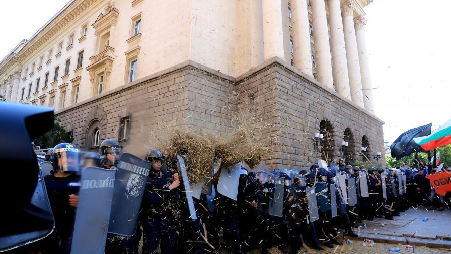 <p>СДВР: Срещу полицията е криминален контингент от провинцията</p>