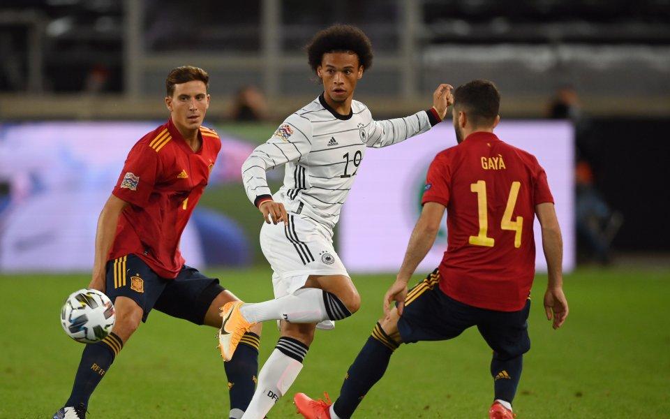 Отборите на Германия и Испания играят при резултат 0:0 в