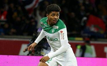 Лестър предлага 32 милиона евро за защитник на Сент Етиен и проявява интерес към бранител на Леверкузен