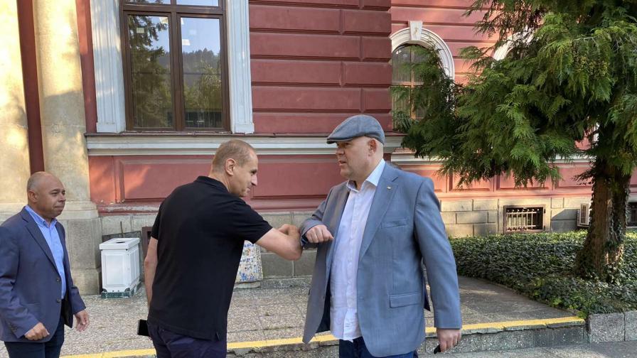 <p>Вижте как живеят арестуваните в Кюстендил</p>